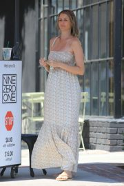 Paige Butcher Leaves a Hair Salon in West Hollywood 2018/08/13 2