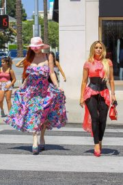 Phoebe Price and Marcela Iglesias Out for Lunch in Beverly Hills 2018/07/27 8