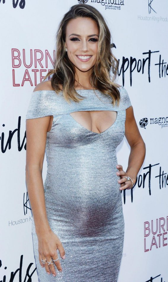 Pregnant Jana Kramer at Support the Girls Premiere in Los Angeles 2018/08/22 1