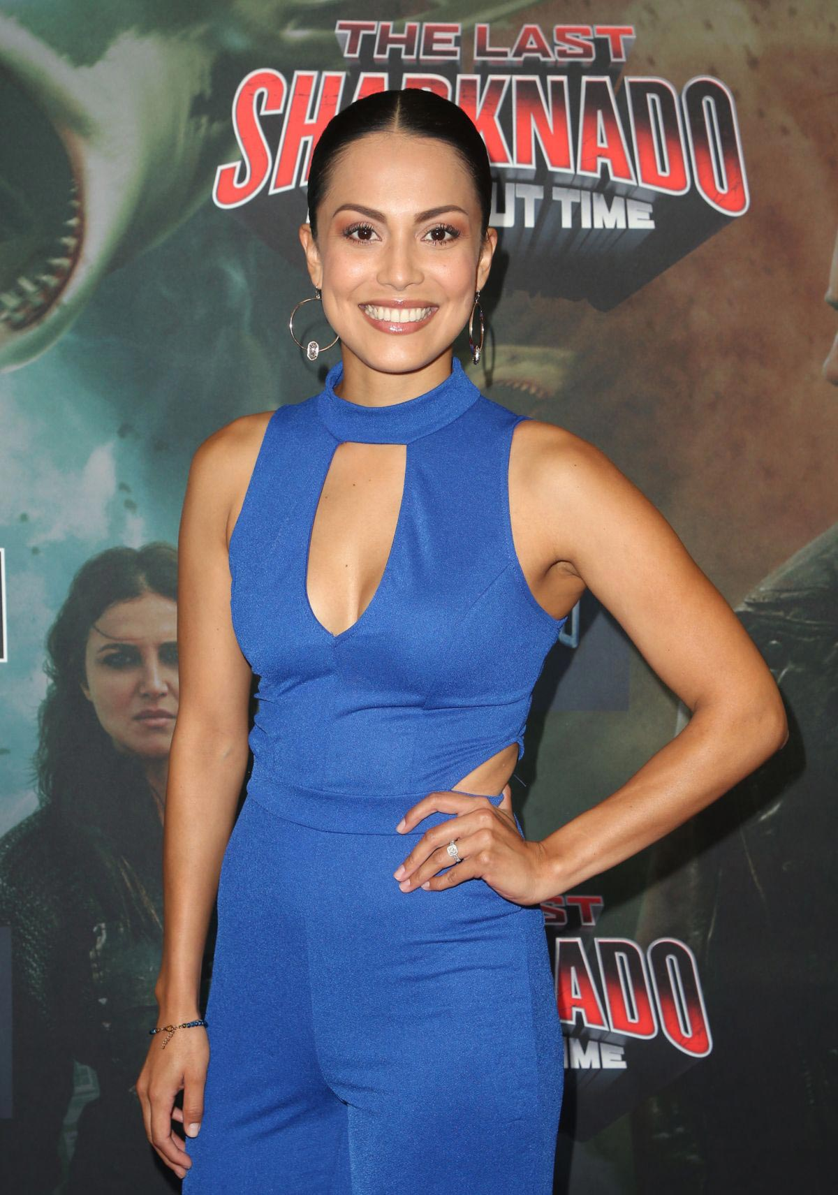 Raquel Pomplun at The Last Sharknado: It's About Time Premiere in Los Angeles 2018/08/19 1