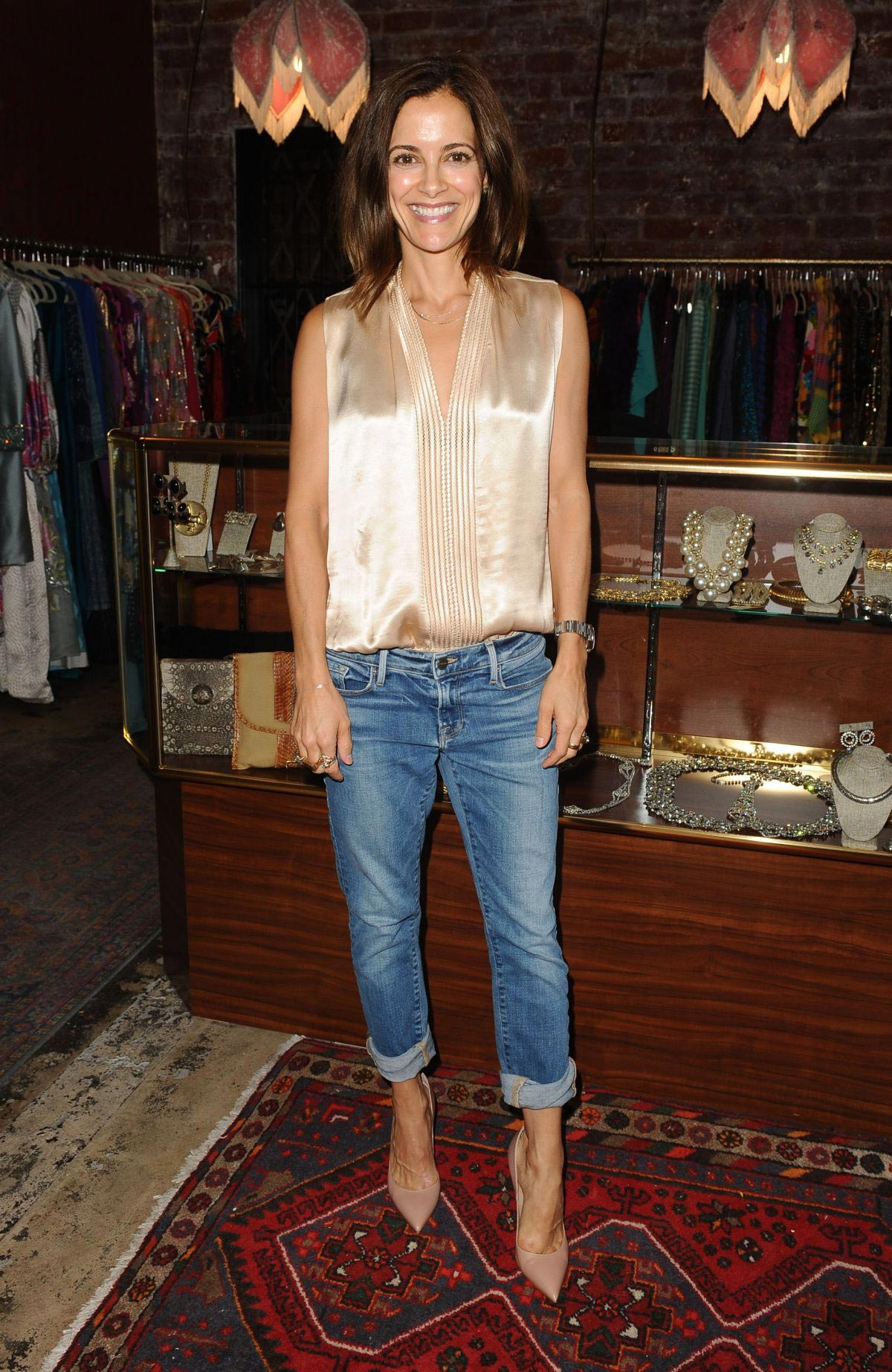 Rebecca Budig at Platt Boutique Jewelry in Los Angeles 2018/08/21 1