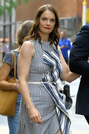 Ruth Wilson Out and About in New York 2018/08/16 2