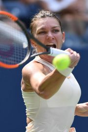 Simona Halep at 2018 US Open Tennis Tournament in New York 2018/08/27 9