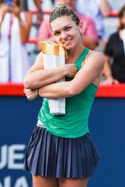 SIMONA HALEP Win Rogers Cup Canadian Open in Montreal 08/12 Win Rogers Cup Canadian Open in Montreal 2018/08/12 1