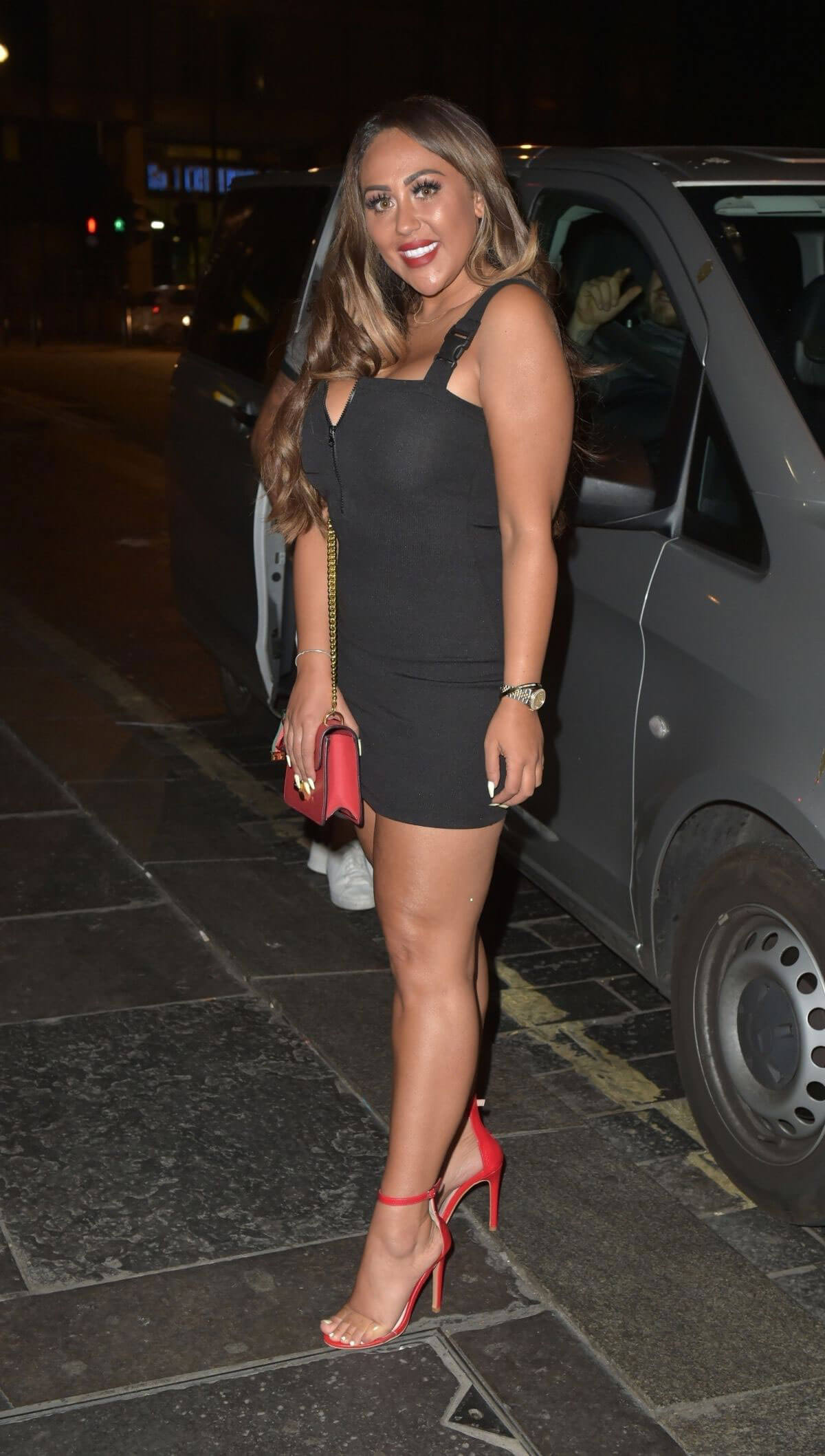 Sophie Kasaei Night Out in Newcastle 2018/07/24 1