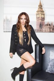 Stephanie Davis for JYY London Collection, August 2018 1