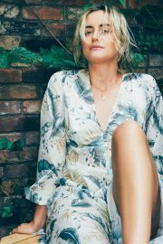 Taylor Schilling in Vulkan Magazine, August 2018 Issue 9