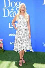 Tori Spelling at Dog Days Premiere in Century City 2018/08/05 2