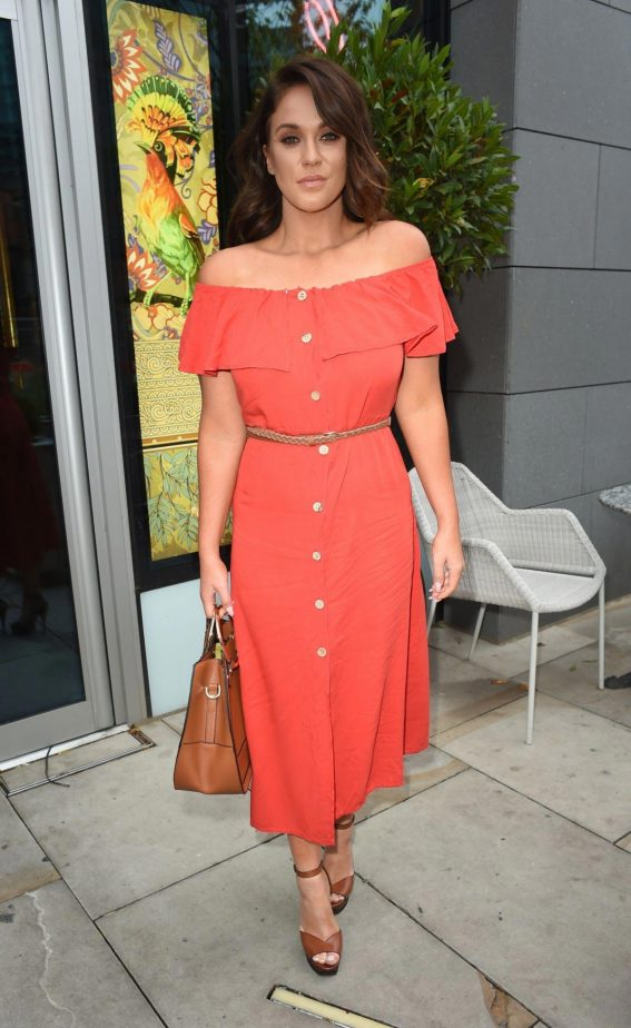 Vicky Pattison at Menagerie Bar and Restaurant in Manchester 2018/08/12 1
