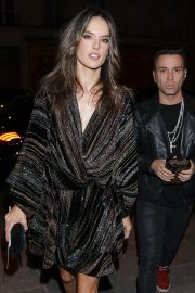 Alessandra Ambrosio Arrives at Zadig & Voltaire Fashion Show at PFW in Paris 2018/09/29 3