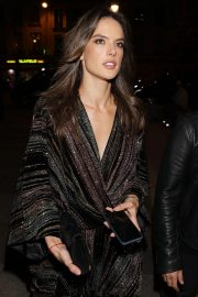 Alessandra Ambrosio Arrives at Zadig & Voltaire Fashion Show at PFW in Paris 2018/09/29 7