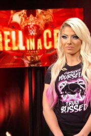 Alexa Bliss at WWE Hell in a Cell in San Antonio 2018/09/16 8