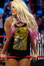 Alexa Bliss at WWE Raw in New Orleans 2018/09/10 1