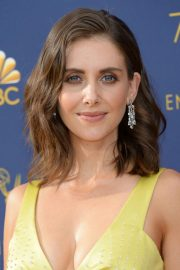 Alison Brie at Emmy Awards 2018 in Los Angeles 2018/09/17 6
