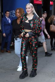 Anne-Marie at Good Morning America in New York 2018/09/03 4
