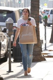 Ariel Winter Out Shopping in Beverly Hills 2018/09/27 5
