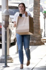 Ariel Winter Out Shopping in Beverly Hills 2018/09/27 6