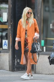 Ashlee Simpson Out in New York 2018/09/04 1