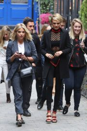 Ashley Benson and Cara Delevingne Out in Toronto 2018/09/09 3