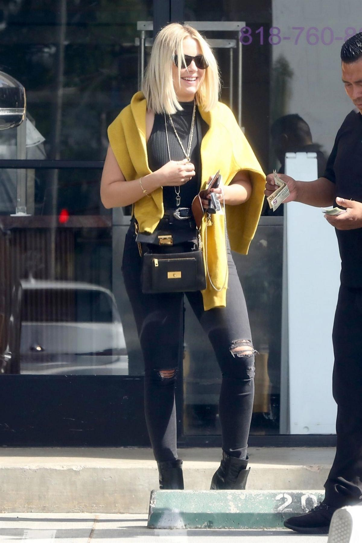Ashley Benson Out and About in Los Angeles 2018/09/20 1
