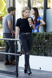 Ashley Benson Out for Coffee in West Hollywood 2018/09/18 4
