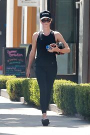 Charlize Theron Out in West Hollywood 2018/09/22 6