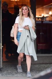 Charlotte Crosby at Euston Station in London 2018/09/03 7