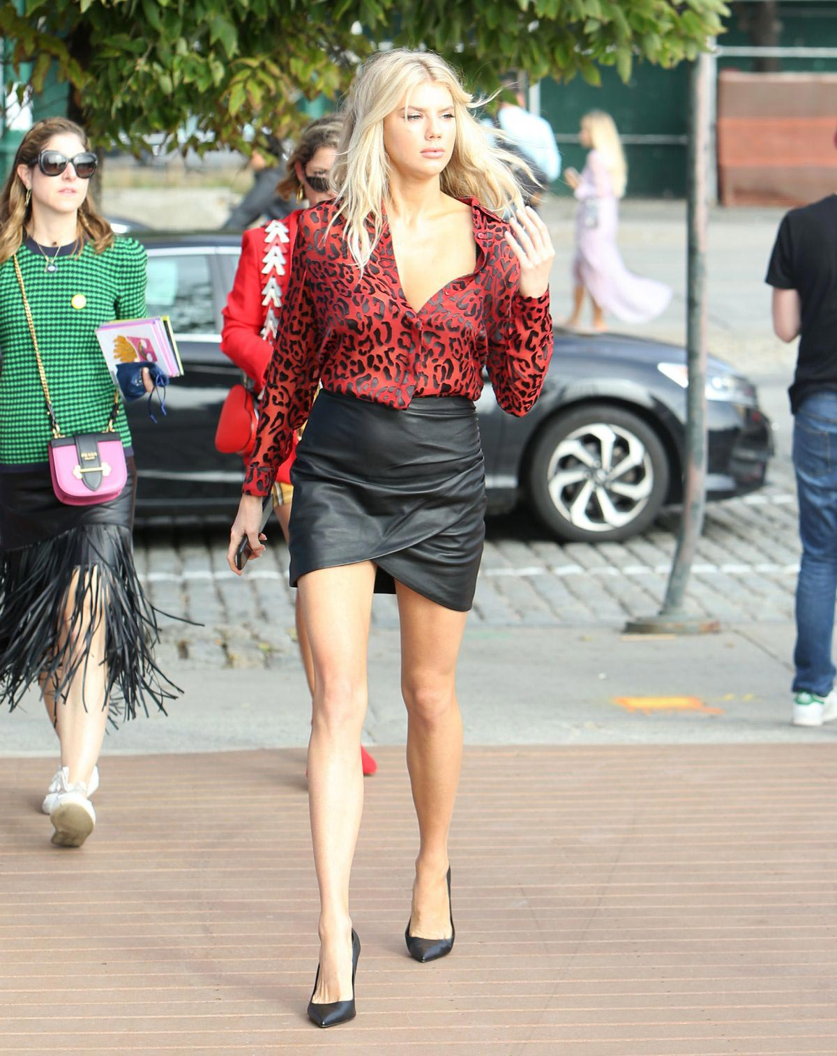 Charlotte McKinney Arrives to at Alice + Olivia Show at New York Fashion Week 2018/09/11 1