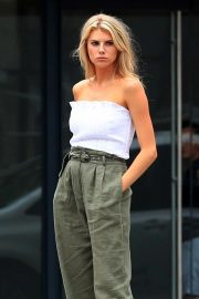 Charlotte McKinney on the Set of a Photoshoot in New York 2018/09/13 4