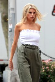 Charlotte McKinney on the Set of a Photoshoot in New York 2018/09/13 12