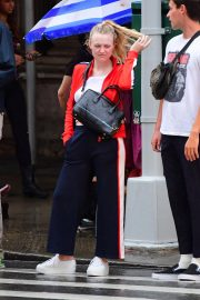 Dakota Fanning Out and About in New York 2018/09/12 4