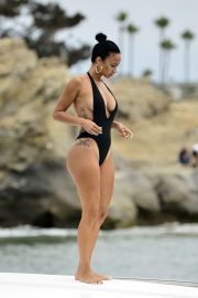 Draya Michele in Swimsuit at a Boat in Newport Beach 2018/09/06 17