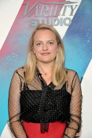 Elisabeth Moss Arrives at Her Smell Screening in Toronto 2018/09/09 5