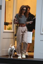 Emily Ratajkowski Out with Her Dog in New York 2018/09/13 2