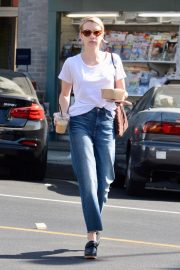 Emma Roberts Out for Morning Coffee in Los Angeles 2018/09/07 3
