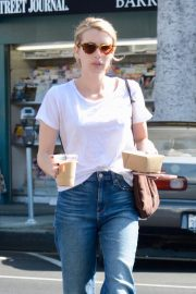 Emma Roberts Out for Morning Coffee in Los Angeles 2018/09/07 7