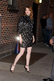 Emma Stone Leaves Late Show With Stephen Colbert in New York 2018/09/19 1