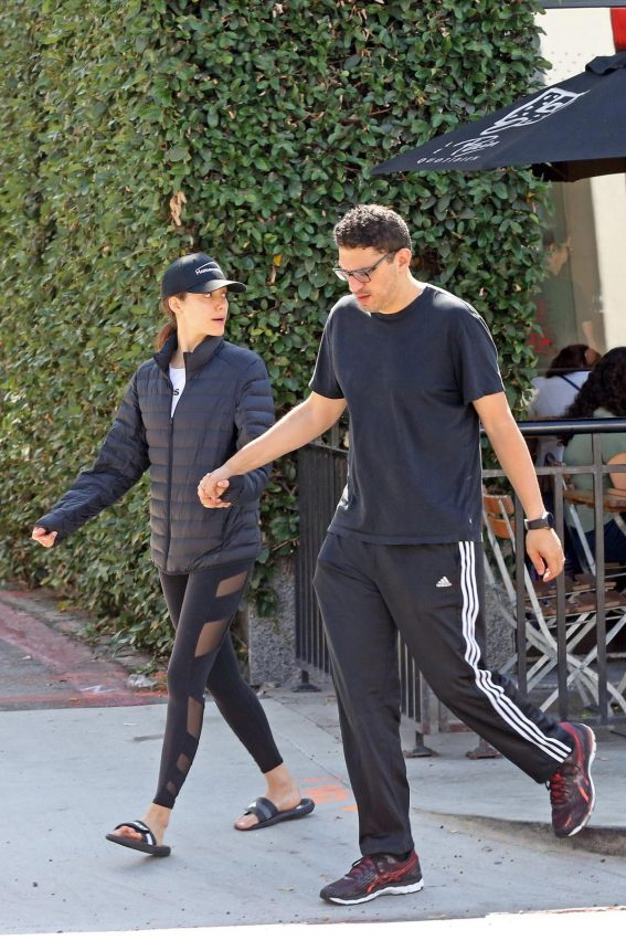 Emmy Rossum and Sam Esmail Out for Breakfast in Beverly Hills 2018/09/29 1