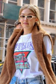 Gigi Hadid Arrives at Her Apartment in New York 2018/09/02 1