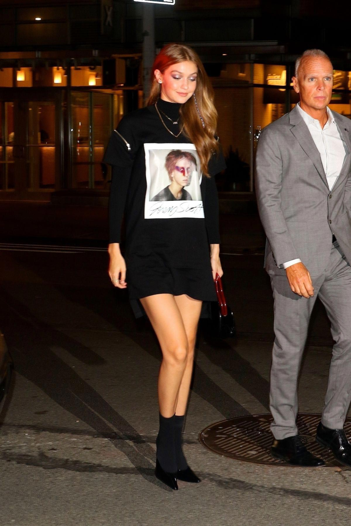 Gigi Hadid Out for Dinner in New York 2018/09/06 1