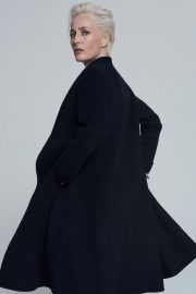 Gillian Anderson at Foe Winser London Collection 2018 13