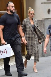Hailey Baldwin Out and About in New York 2018/09/07 2