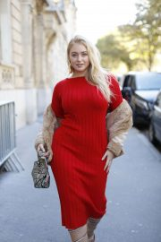 Iskra Lawrence Out in Paris 2018/09/27 3