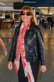 Jane Seymour at LAX Airport in Los Angeles 2018/09/14 7