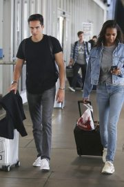 Jasmine Tookes in Double Denim at LAX Airport in Los Angeles 2018/09/24 3
