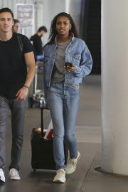 Jasmine Tookes in Double Denim at LAX Airport in Los Angeles 2018/09/24 5