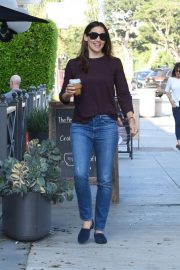 Jennifer Garner Out and About in Brentwood 2018/09/13 3