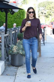 Jennifer Garner Out and About in Brentwood 2018/09/13 9