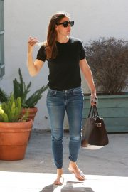 Jennifer Garner Out and About in Brentwood 2018/09/18 4