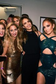 Jennifer Lopez and Friends on the Backstage of Her Show in Las Vegas 2018/09/22 1